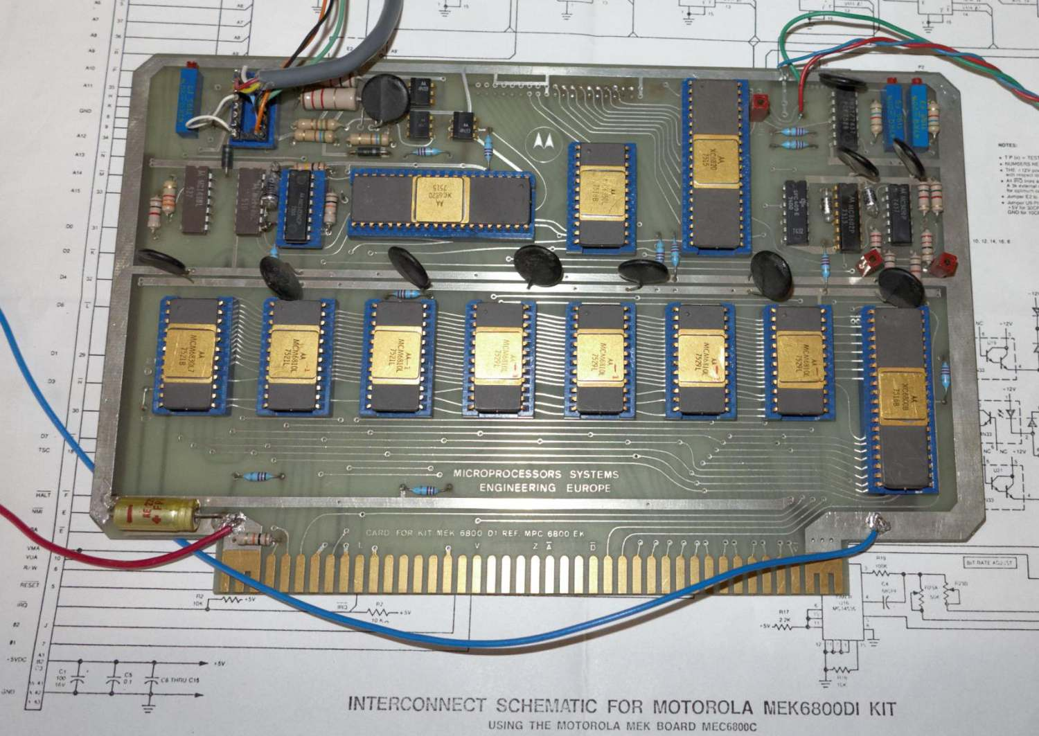 Luckily, the schematic diagram was still included in the documents : while  its quality is not outstanding, it was a great help during the restoration  ...